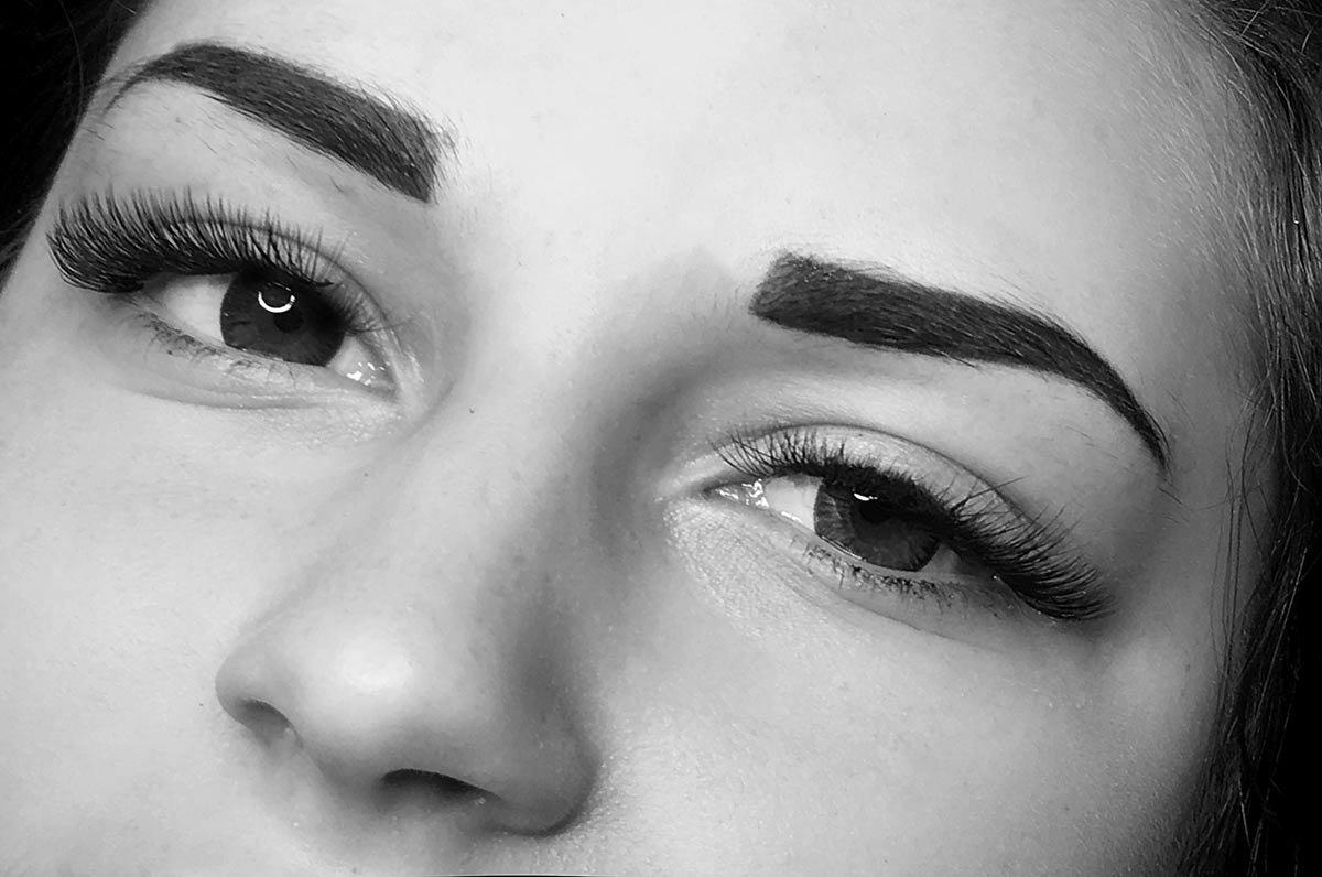 Ile Kosztuje Makijaż Permanentny Brwi Co Wpływa Na Cenę