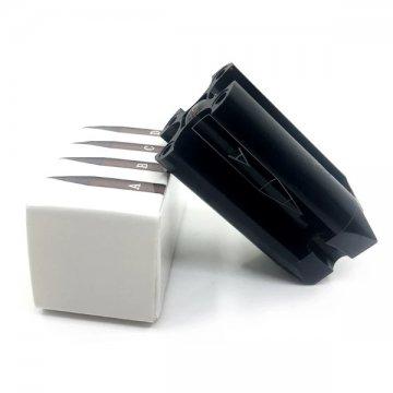 czarna temperówka napudełku dokredek samoobierających